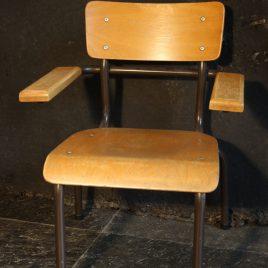kleuterschoolstoeltjes