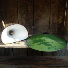 Groene, metalen lampenkap