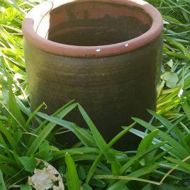 Bruine, aarden pot