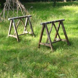 Oude, houten schraag